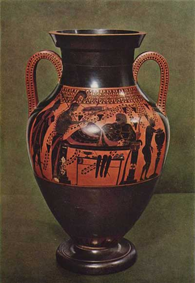 Bilingual amphora by the Lysippides Painter, ca. 520-510 BC. Side B, older black-figure style. Provenance from Vulci.