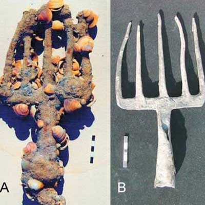 A five-pronged fishing spear from the 7th century shipwreck off the coast of Dor, Israel, just west of Galilee.